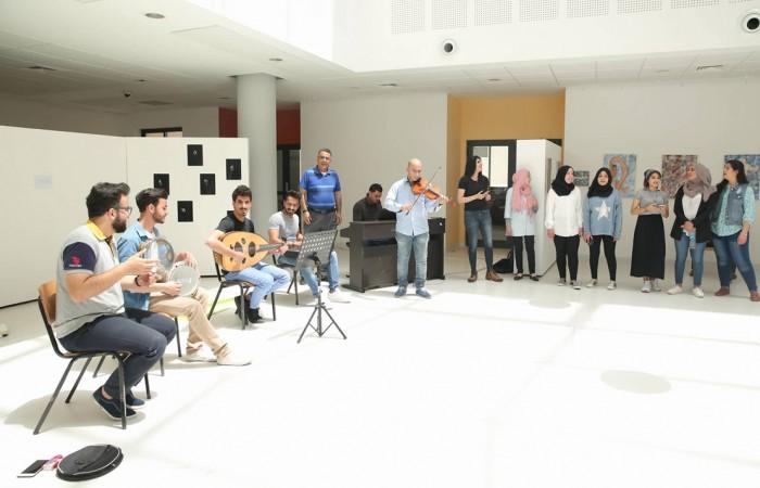 طلبة دار الكلمة الجامعية يحيون حفلاً موسيقياً بعنوان للقدس نغني