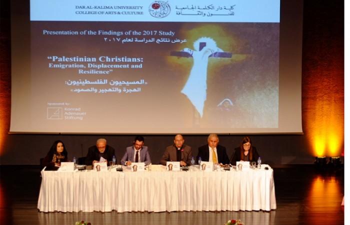 دار الكلمة الجامعية تنشر دراسة جديدة حول هجرة المسيحيين الفلسطينيين