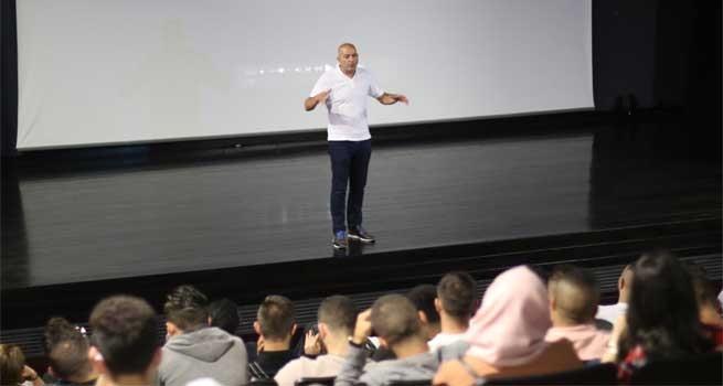 دار الكلمة الجامعية تستضيف المخرج هاني أبو أسعد في ماستر كلاس