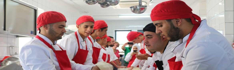 برامج الدبلوم المتوسط - الارث الثقافي والدراسات السياحية